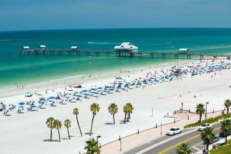 clearwater_beach-clearwater-florida-3ddb5fda3547470589279dc3603ae281_c
