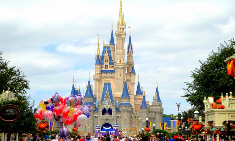 magic-kingdom-16-001-750x450